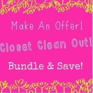 Closet clean out! Make me an offer! ❤️